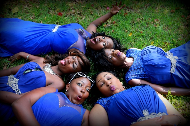 The ladies decided to take a groundie shot.
